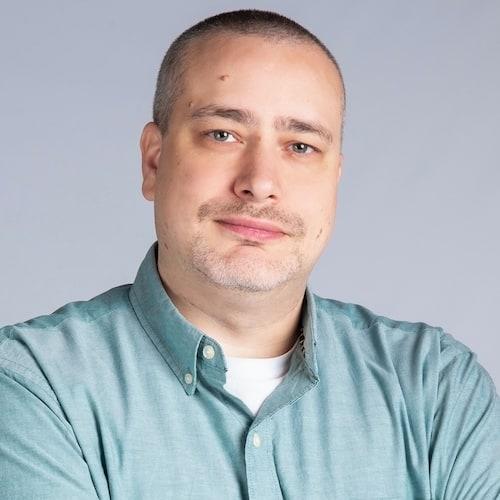 Jesse Johnson Headshot. Herrod Tech employee